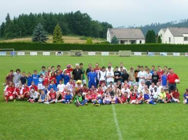 12 equipes regroupees pour la photo de famille du SMB.JPG