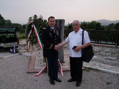 le colonel de Vito avec Jean Bianchetti jb.JPG