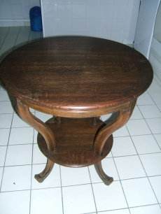 Tables 002.JPG