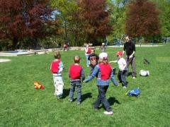 23.04.09 Jeux collectifs pour les eleves de Biffontaine (12).jpg