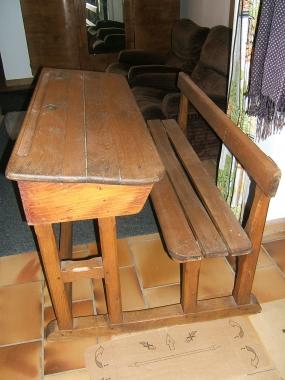 table écolier 001.JPG